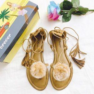 BRAND NEW Pom Pom and tassel sandal tan size 7